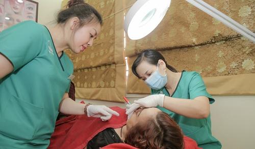 Phun xăm thẩm mỹ là một ngành nghề đòi hỏi óc thẩm mỹ tinh tế, và sự khéo léo trong từng thao tác kỹ thuật.