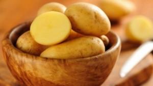 Khoai tây có tính kháng viêm giúp điều trị mụn hiệu quả