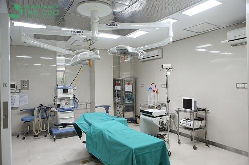 Hệ thống thiết bị hiện đại phục vụ quá trình thẩm mỹ tai tại Bệnh viện Thu Cúc