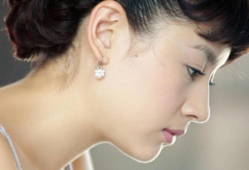 Gương mặt đẹp do kết hợp hài hòa giữa các yếu tố, cho bạn muôn phần xinh đẹp