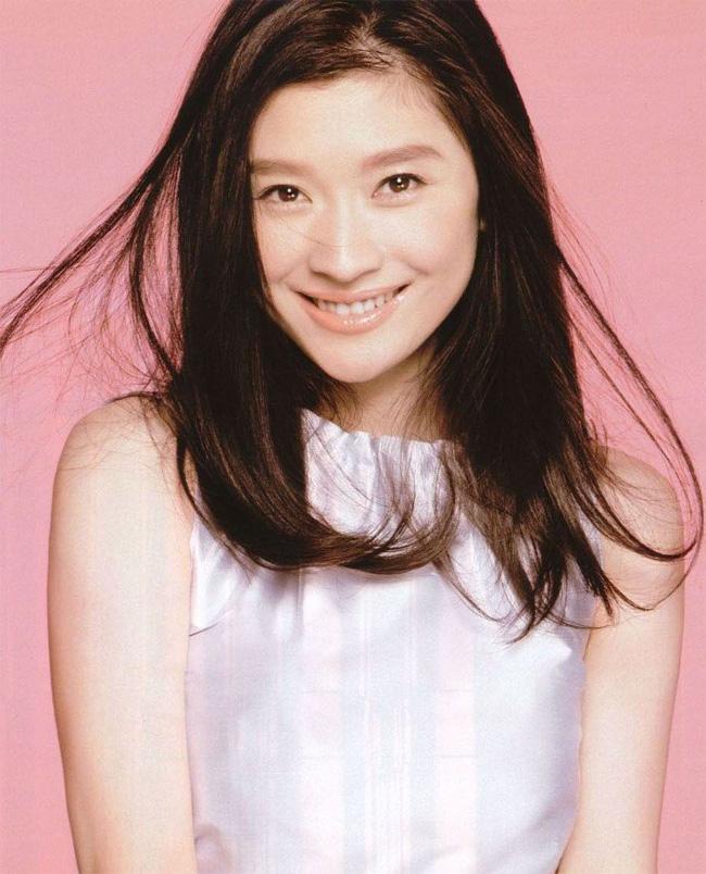 Xếp cuối bảng là Shinohara Ryoko.