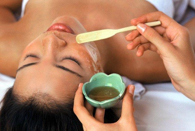 Kinh nghiệm chăm sóc da và tóc bằng dầu oliu