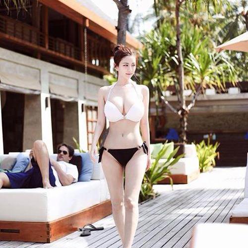duong-cong-dot-mat-cua-hot-girl-han-quoc6