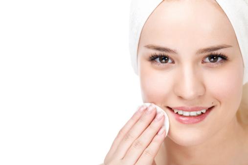 Sản phẩm Gel rửa mặt làm trắng từ Bioline Jato mang lại những hiệu quả bất ngờ cho các chị em