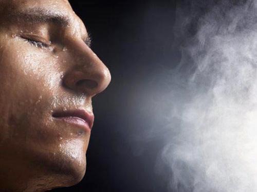 Xông hơi giúp loại bỏ bụi bẩn trên mặt