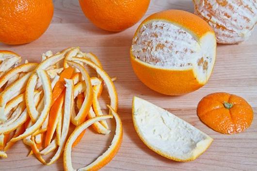 Vỏ cam là một trong những nguyên liệu có công dụng rất hữu hiệu trong việc trị mụn mủ