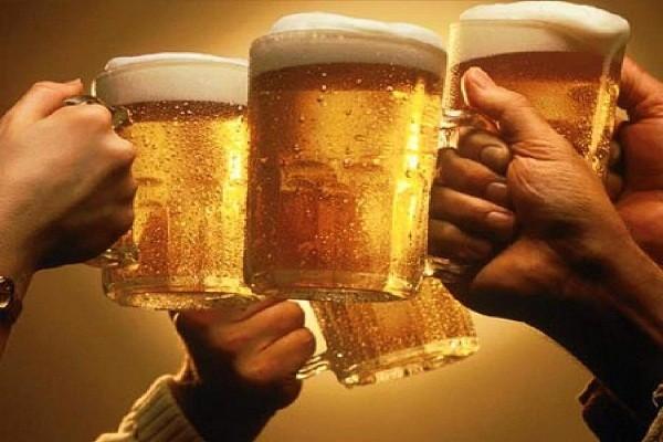 Bia là nguyên liệu rất giàu vitamin B nên có tác dụng giúp da săn chắc, mịn màng và trắng sáng hơn