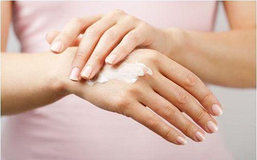 Thành phần kem dưỡng tay chân chứa nhiều dưỡng chất cream
