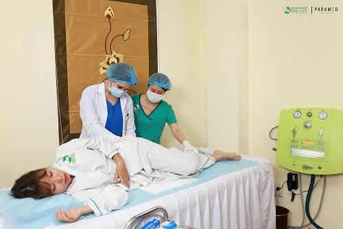 Liệu pháp detox Colon Hydrotherapy tại Thu Cúc Clinics.