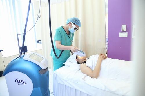 Công nghệ IPL tại Thu Cúc Clinics.
