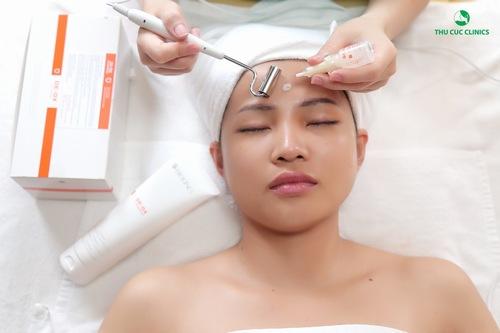 Liệu trình chăm sóc da được nghiên cứu chuyên biệt với kỹ thuật và công nghệ hiện đại. Nguồn: https://thucucclinics.com/lam-trang-da-toan-dien-bang-cong-nghe-3c/