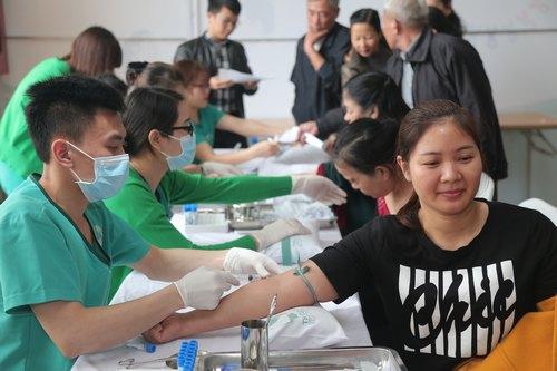 """Tiếp theo sự thành công của sự kiện """"Không ai phải sợ"""" diễn ra tại Bắc Ninh (11/03), Thanh Hóa (25/03), tháng 4 này chương trình sẽ diễn ra tại Quảng Ninh (08/04), Lạng Sơn (22/04) và các tỉnh thành khác trên cả nước xuyên suốt năm 2017."""
