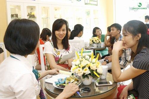 Các ưu đãi tại Thu Cúc Clinic Nguyễn Văn Huyên giúp cho nhiều khách hàng có cơ hội trải nghiệm dịch vụ điều trị mụn cao cấp, an toàn và hiệu quả.