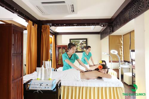 Thu Cúc Clinics ứng dụng công nghệ tắm trắng hiện đại và an toàn cho làn da.