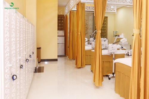 Không gian làm đẹp cao cấp, tiện nghi tại Thu Cúc Clinics.