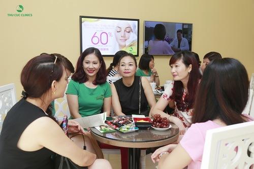 Dịch vụ trị mụn lưng tại Thu Cúc Clinics nhận được quan tâm của đông đảo khách hàng