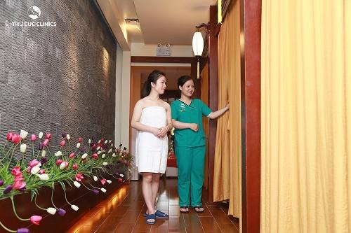 Tắm trắng phi thuyền tại Thu Cúc Clinics giúp làn da trắng hồng tự nhiên.
