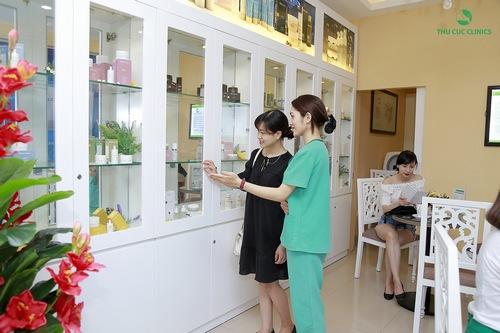 Tại Thu Cúc Clinics có sử dụng nhiều bộ sản phẩm cao cấp, chiết xuất từ thiên nhiên
