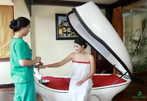 Tắm trắng phi thuyền giúp cải thiện sắc tố da, duy trì làn da trắng hồng rạng rỡ.