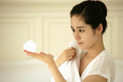 Làm sạch da đều đặn trong quá trình mang thai