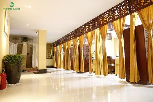 Không gian làm đẹp tại Thu Cúc Clinics sang trọng đẳng cấp, giúp khách hàng cảm thấy được thư giãn ở mức tối ưu khi tới đây