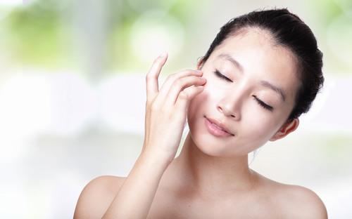 Làn da căng mướt, mịn màng khi được chăm sóc đúng cách