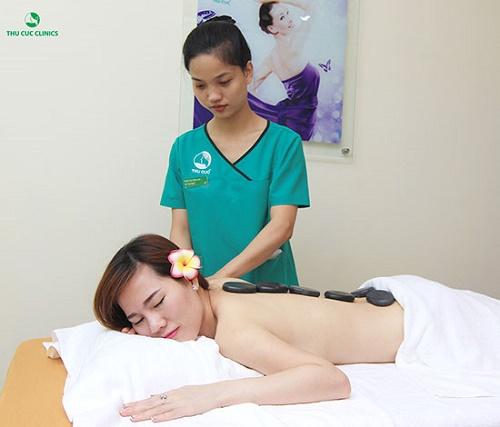 Thu Cúc Clinics đang ứng dụng nhiều dịch vụ tẩy da chết an toàn và hiệu quả.