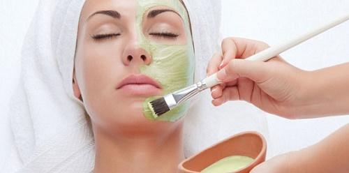 Đối với làn da nhạy cảm thì bạn chỉ nên áp dụng tẩy da chết 1 lần/tuần.