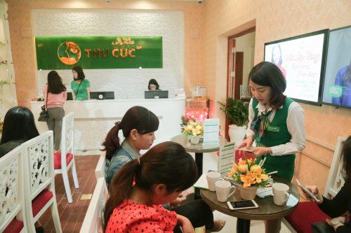 Tại Thu Cúc Clinics dịch vụ trị mụn nhận được quan tâm của đông đảo khách hàng