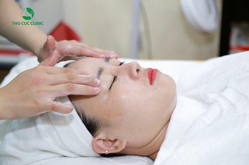 Lựa chọn các gói chăm sóc da mặt khi ngồi nhiều máy tính ở Thu Cúc Clinics chị em sẽ sở hữu làn da trắng sáng, mịn màng và khỏe mạnh.