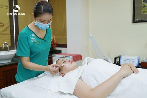 Thu Cúc Clinics đang ứng dụng các phương pháp tẩy da chết từ thiên nhiên nên rất an toàn cho mọi loại da.