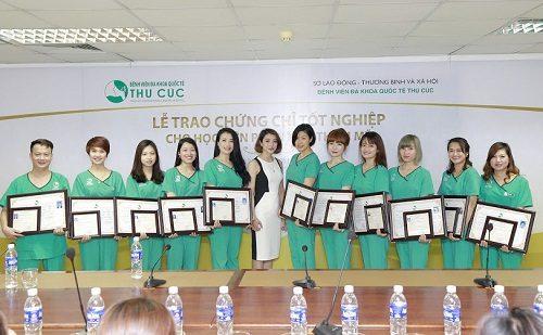 Học viên được nhận chứng chỉ do sở Lao động Thương binh và Xã hội cấp.