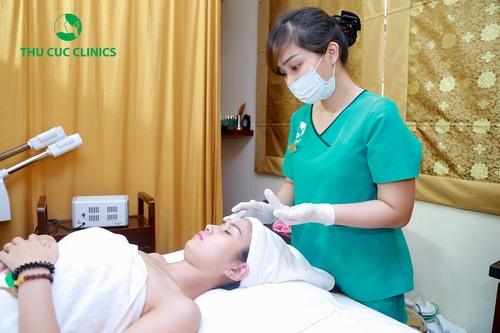 Nếu không chăm sóc da ngay từ sớm, làn da sẽ sớm bị lão hóa, dễ bị ảnh hửng bởi các tác động từ môi trường.