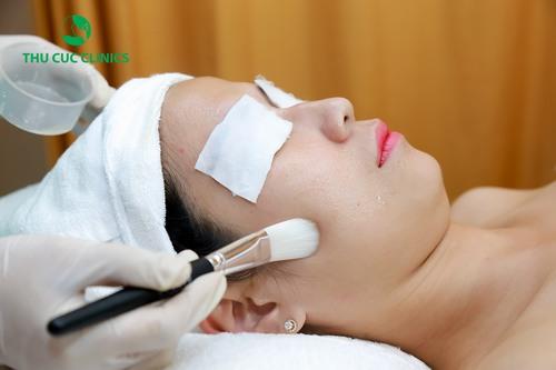 Ở Thu Cúc Clinics Tuyên Quang, chị em có thể tìm thấy tất cả các nhu cầu chăm sóc da của mình từ cơ bản đến chuyên sâu, từ chăm sóc làm trắng, thư giãn cho đến chăm sóc da lão hóa.