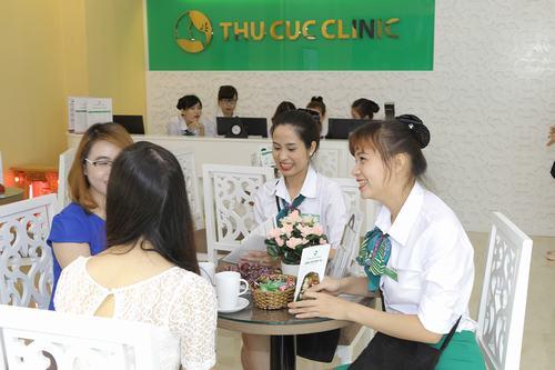 Đến Thu Cúc Clinics khách hàng không chỉ được chăm sóc da chuyên sâu mà còn giảm stress hiệu quả.