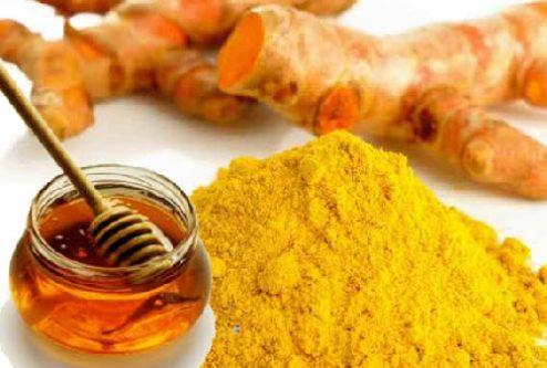 Kiên trì sử dụng cách trị mụn bằng nghệ tươi, mật ong