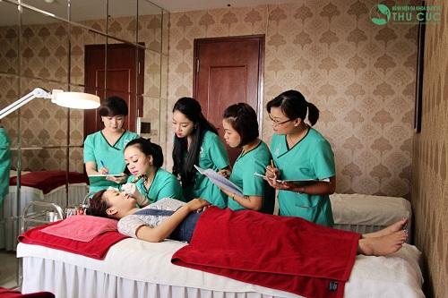 Cơ sở spa uy tín giúp học viên vững tay nghề và phong cách chuyên nghiệp.