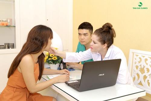 Mụn cóc không thể chữa khỏi tại nhà nên cần được thăm khám chuyên gia càng sớm càng tốt