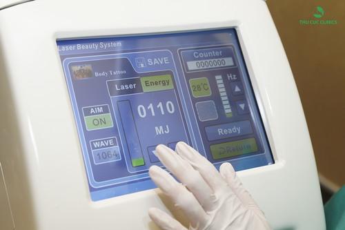 Hệ thống máy Laser Yag sử dụng trong xóa xăm ở Thu Cúc Clinics