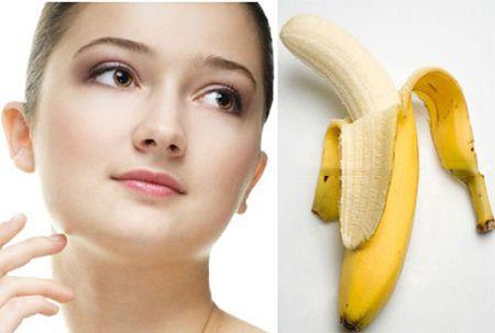 Chuối chín cũng là biện pháp trị mụn cơm quanh mắt an toàn