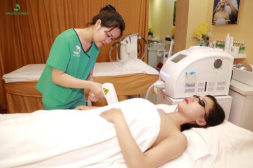 Laser Diode giúp loại bỏ lên tới 95% violong trên da mà không gây tổn thương cho vùng da xung quanh.