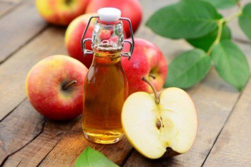 Sử dụng nhẹ nhàng để tránh làm giấm táo cay mắt