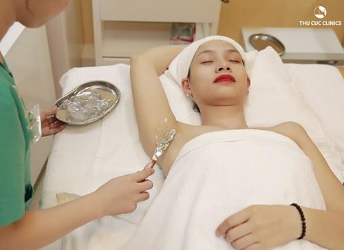 Triệt lông bằng công nghệ Laser Diode được xem là một trong những công nghệ triệt lông hiện đại nhất hiện nay.