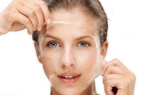 Tẩy tế bào chết thường xuyên giúp bụi bẩn, bã nhờn trên mặt được loại bỏ, ngăn chặn tình trạng mụn bọc xuất hiện trên mũi