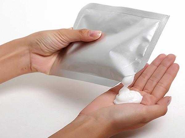 Theo ý kiến của các chuyên gia, mỗi tháng bạn chỉ nên tắm trắng 3-4 lần với cách sử dụng mỹ phẩm hay nguyên liệu thiên nhiên
