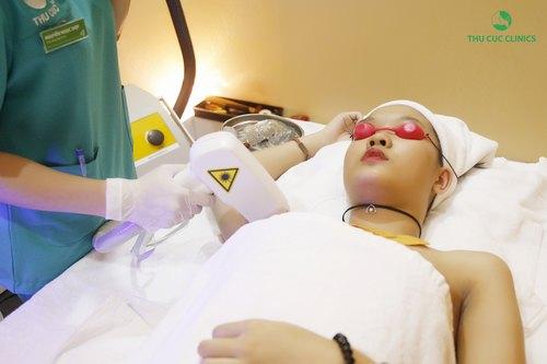 Công nghệ triệt lông Diode laser sẽ nhanh chóng giúp chị em hay đáng mày râu loại bỏ được  tình trạng vi ô lông rậm rạp, để tự tin sở hữu làn da sáng mịn, thỏa sức tung tăng ngày hè