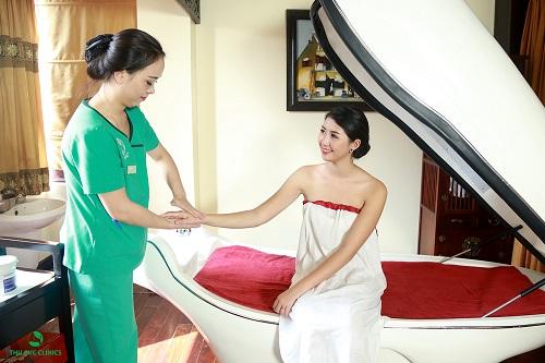 Ggiảm ngay 50% dịch vụ tắm trắng phi thuyền cũng là ưu đãi có 1-0-2 giúp các chị em nhanh chóng sở hữu được làn da trắng sứ ngọc ngà mà không sợ bị bong tróc, lột tẩy như các phương pháp tắm trắng thiếu an toàn đang tồn tại tràn lan trên thị trường khác