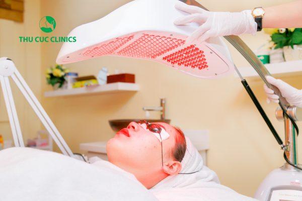 Công nghệ Blue Light là giải pháp toàn diện giúp chị em điều trị mụn hiệu quả hơn cả