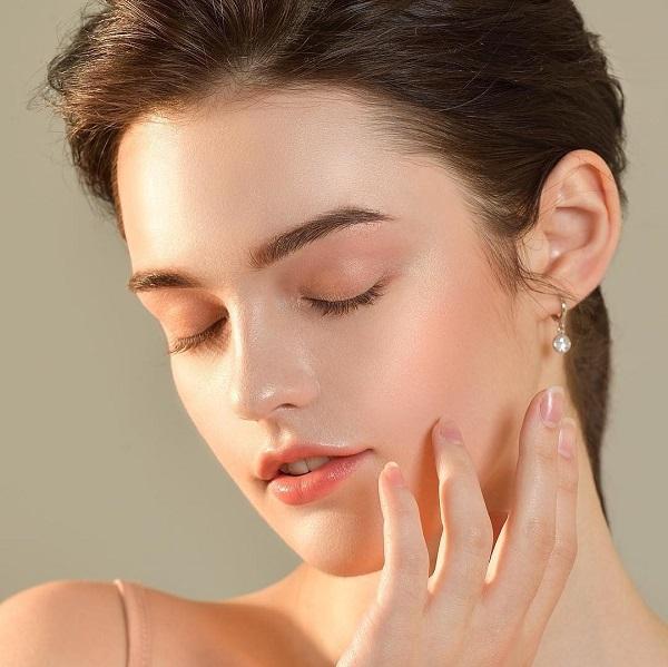 Triệt lông mặt bằng máy công nghệ cao mang lại hiệu quả tối ưu