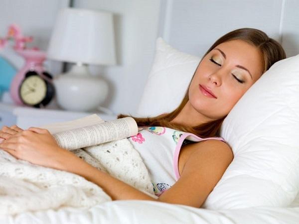Ngủ đủ giấc giúp làn da không bị lão hóa nhanh